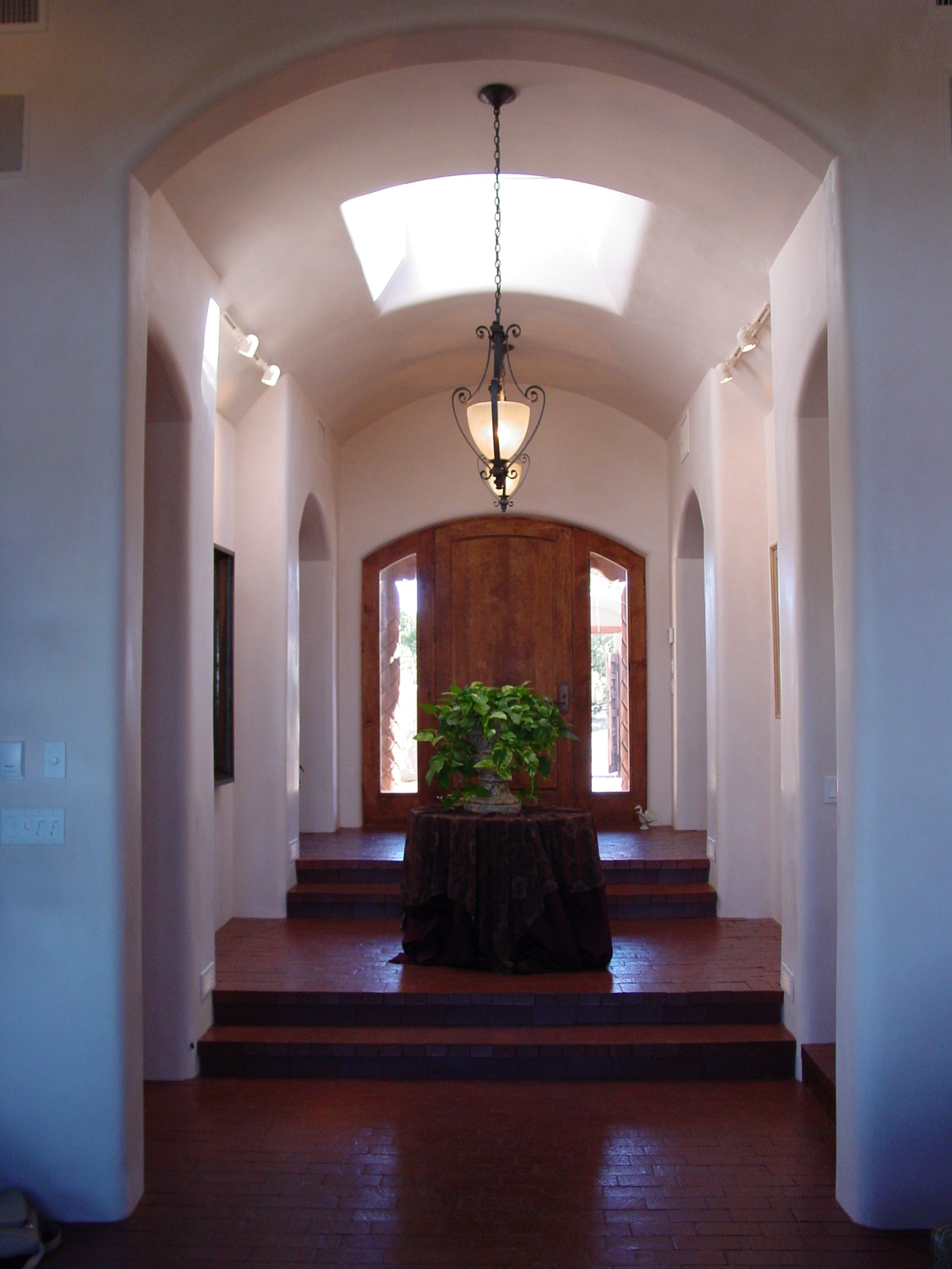 Vaulted entry gallery