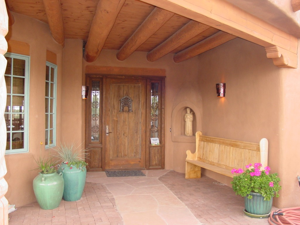 Santa Fe front entry portal.